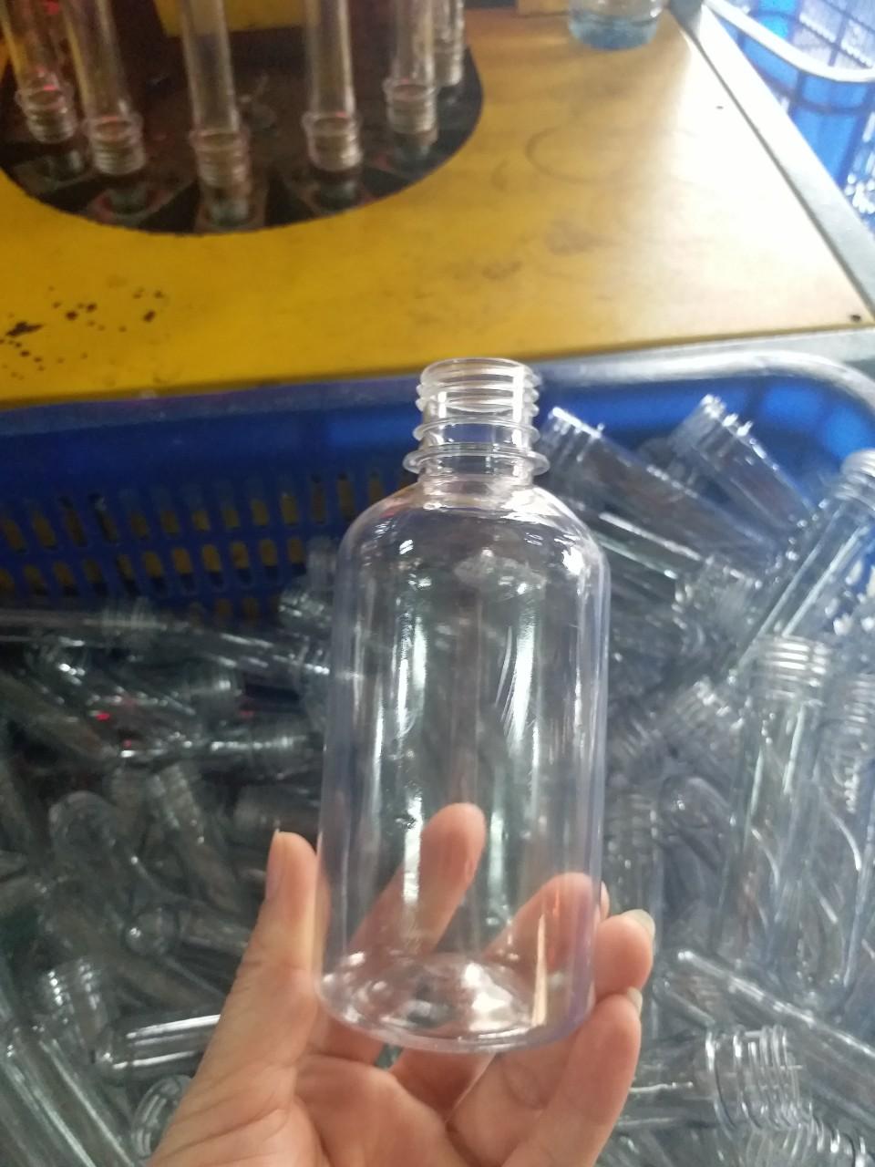 Chai nước sát khuẩn